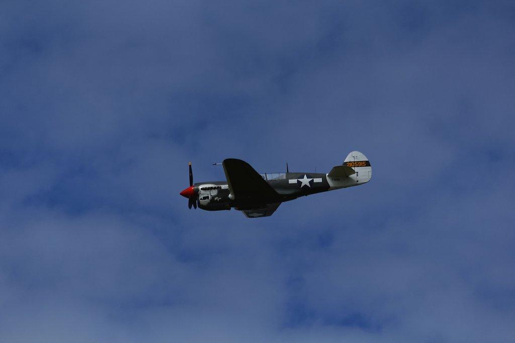 Curtiss-P40-Warhawk-e.jpg